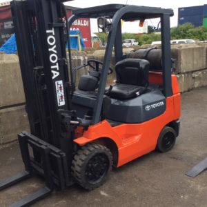 TOYOTA-7FGCU25 Forklift